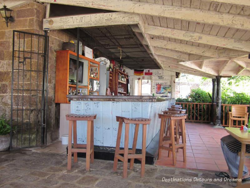 English Harbouer, Antigua Bar at Nelson's Dockyard Marina