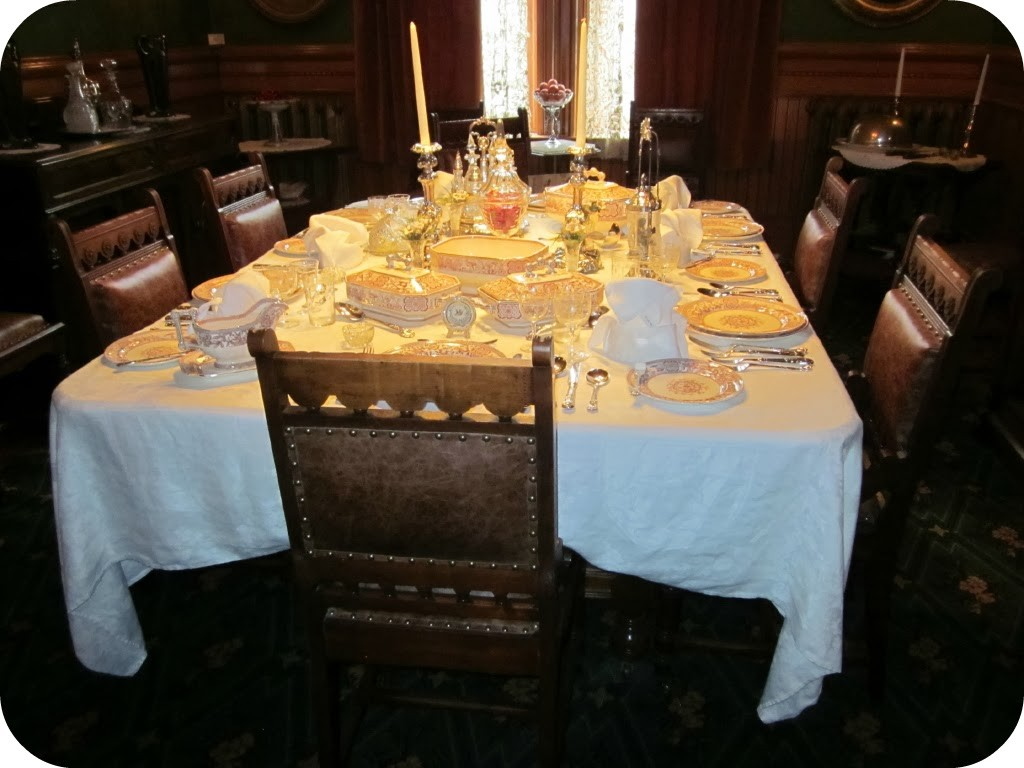 Dalnavert dining room