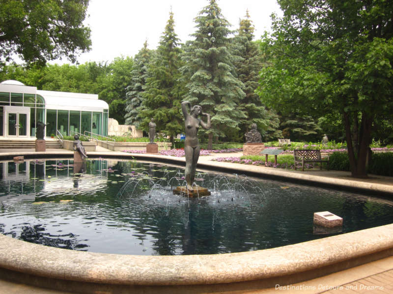 Fountain in Leo Mol Sculpture Garden