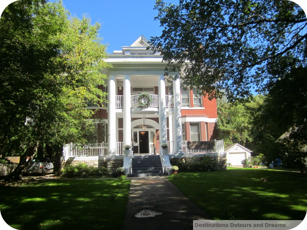 The Columns Bed and Breakfast