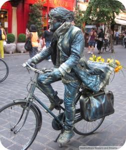 living statue London England