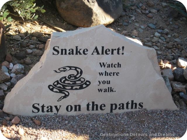 snake alert sign