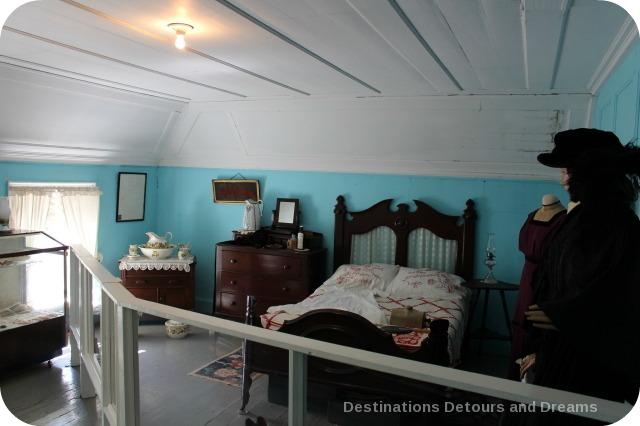Seven Oaks House Museum bedroom