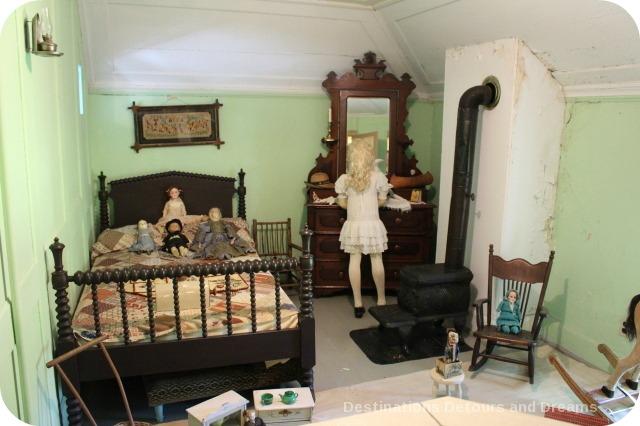 Seven Oaks House Museum child bedroom
