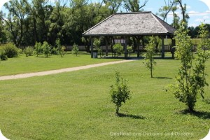 Picnic area at St. Norbert Heritage Park