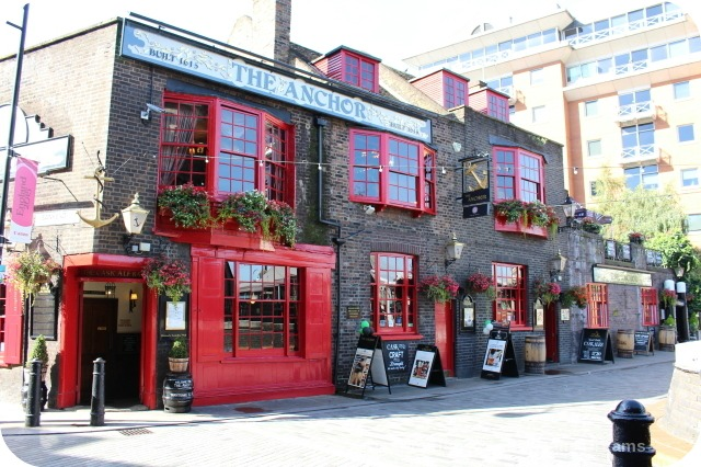 Bankside River Walk: The Anchor Inn