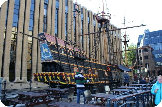 Bankside River Walk: The Golden Hinde