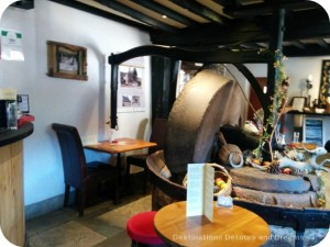 Anchor Inn apple-press wheel, Tintern
