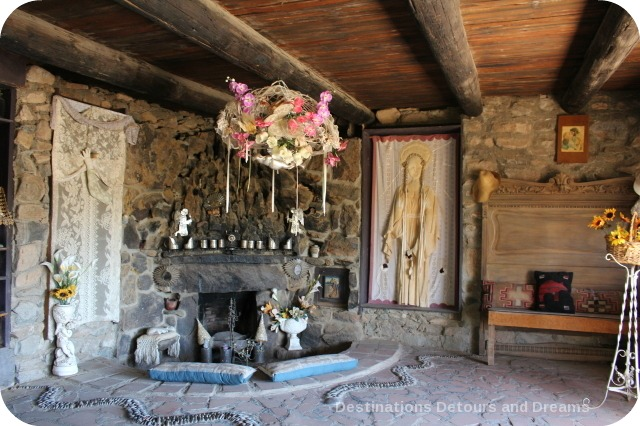 Mystery Castle chapel