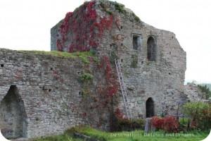 Usk Castle Gatehouse wall
