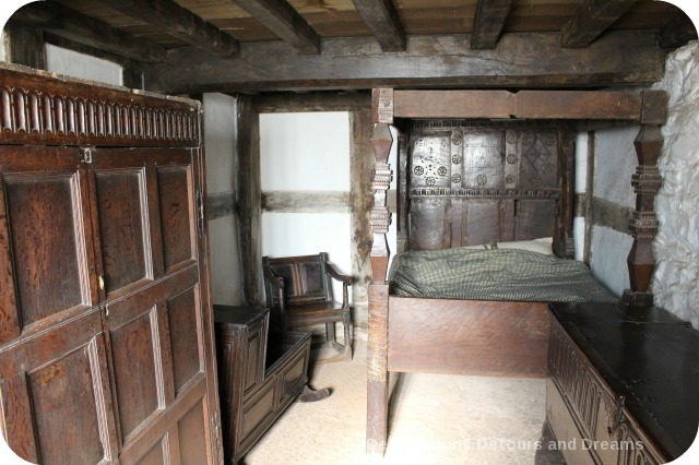 St Fagans National History Museum - Abernodwydd bedroom
