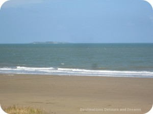 Isla Iguana in the distance