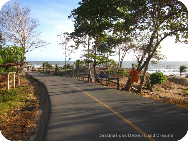 Road leading to Playa El Toro