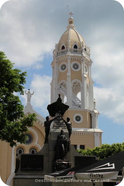 Plaza Bolivar, Casco Viejo