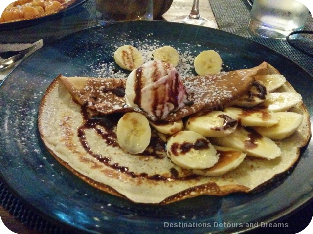 Dining in Pedasi: crepes