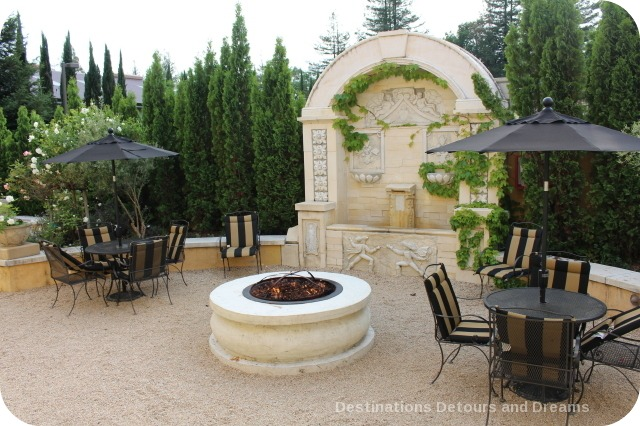 Dry Creek Inn firepit
