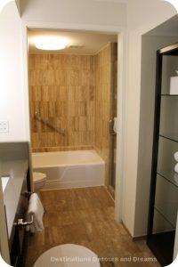 Miami Intercontinental bathroom