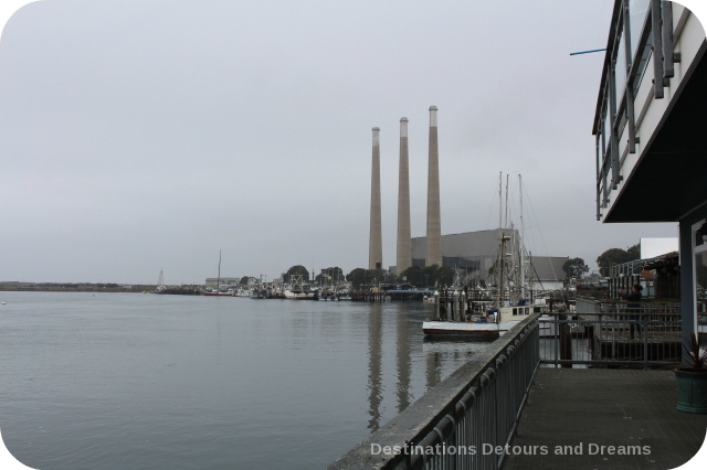 Morro Bay power plant smokestacks