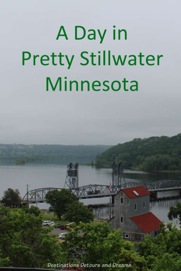 Scenic Stillwater, Minnesota makes a nice day trip - Victorian houses, interesting shops, great dining #Minnesota #VisitUSA #scenic #Victorian
