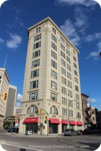 Exchange District photo tour - Lindsay Building