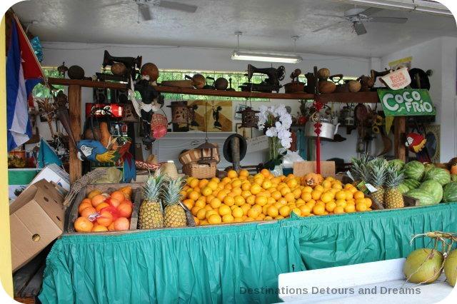 Los Pinareños market, Little Havana