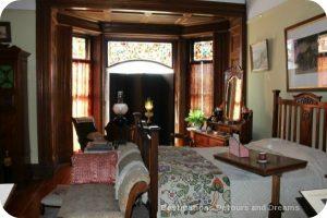 Craigdarroch Castle: Bedroom
