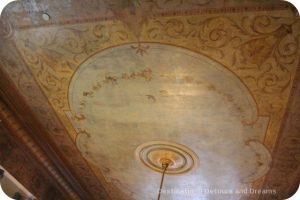Craigdarroch Castle: Ceiling