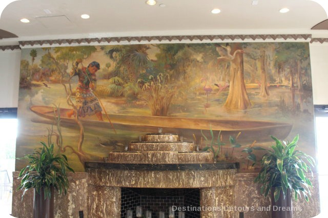 South Beach Art Deco Tour: mural in Essex Hotel