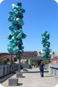 Tacoma: City of Glass - Chihuly Bridge of Glass Crystal Towers
