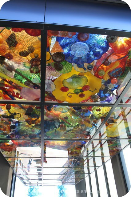 Tacoma: City of Glass - Chihuly Bridge of Glass Seafoam Pavilion