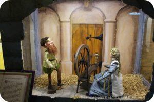 Christmas Fairytale Vignettes: Rumpelstiltskin