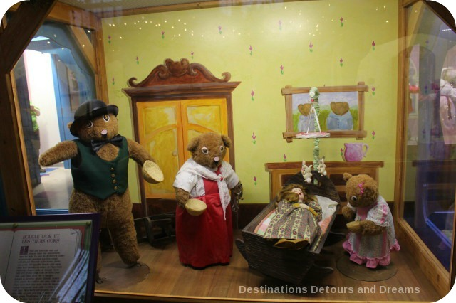 Christmas Fairytale Vignettes: Goldilocks and the Three Bears