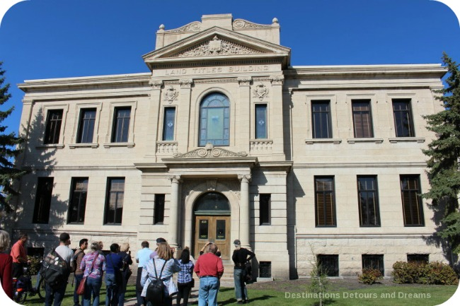 Winnipeg and Tyndall Stone: Winnipeg Land Titles Building