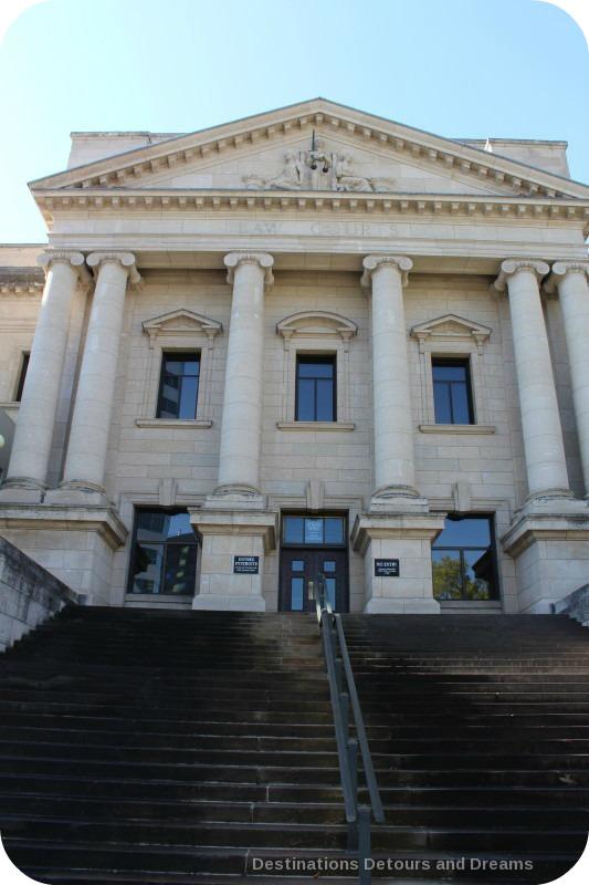 Winnipeg and Tyndall Stone: Winnipeg Law Courts