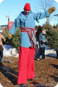 Man on stilts at Festival du Voyageur