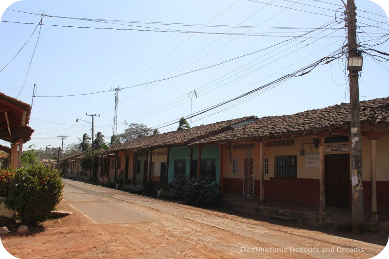 Spanish Colonial Architecture in the Azuero Peninsula: Parita street