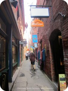 Fan Tan Alley (Canada's narrowest street) in Canada's oldest Chinatown, Victoria British Columbia