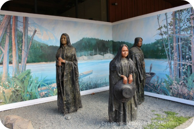 Murals in Chemainus, British Columbia (Muraltown): Three Generations Sculpture by Sandy Clark