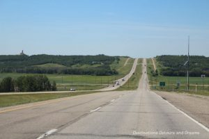 Canadian Prairie Summer Road Trip Photo Story - it's not all flat