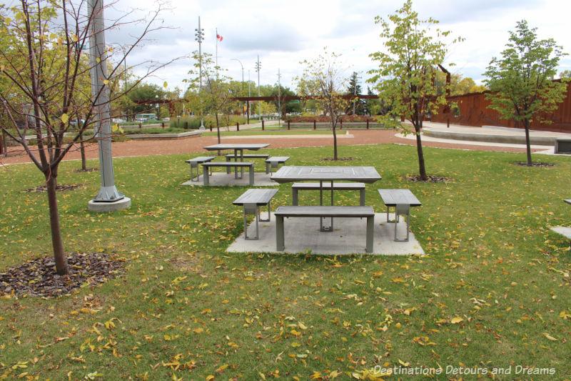 Picnic area in Upper Fort Garry Provincial Park, Winnipeg, Manitoba