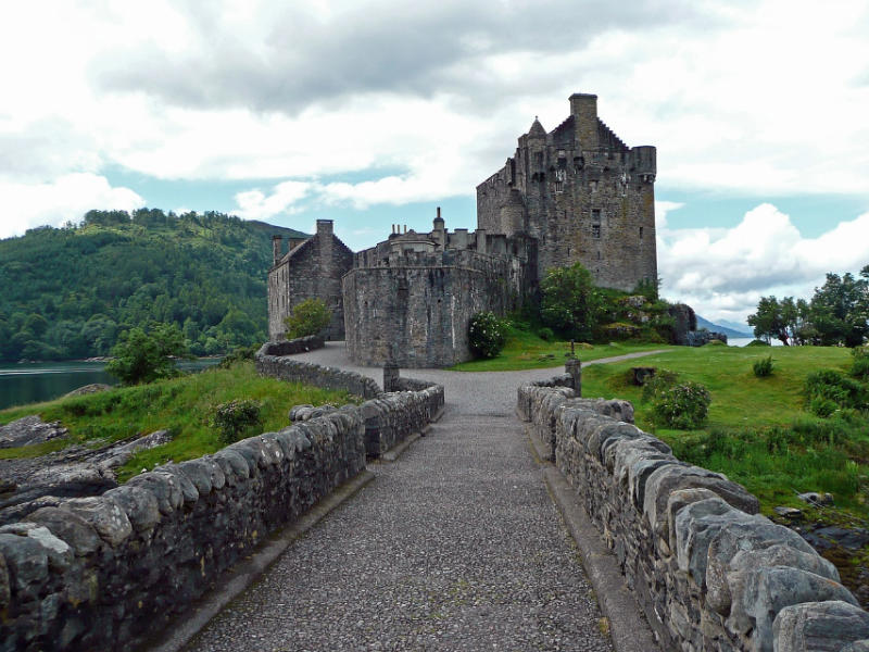 Mystery and Magic – Exploring Scotland's Historic Sights: Eilean Donan Castle