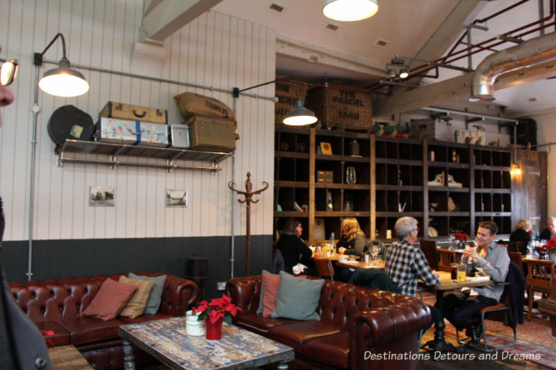 Parcel Yard pub at King's Cross Station, London, England