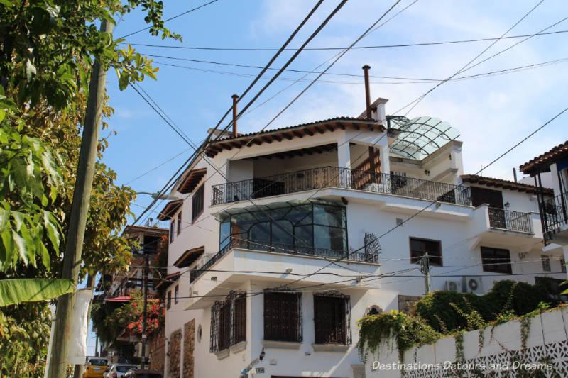 The Colourful Architecture and History of Gringo Gulch, Puerto Vallarta, Mexico