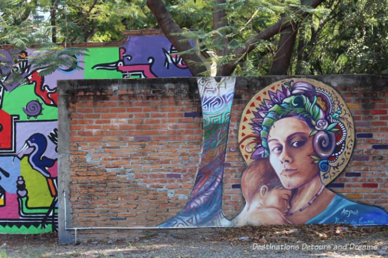 Puerto Vallarta street art: mother and child