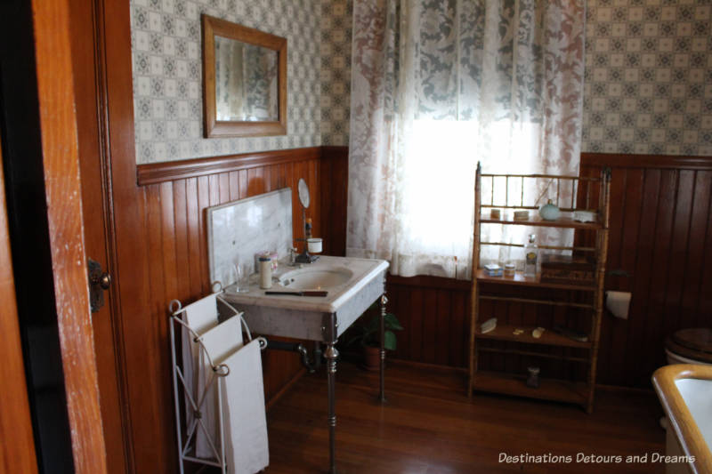Rosson House Museum upstairs bathroom