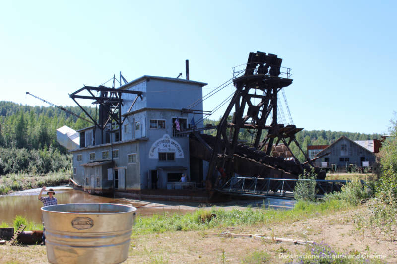 Gold Dredge 8 in Alaska: gold mining and oil history