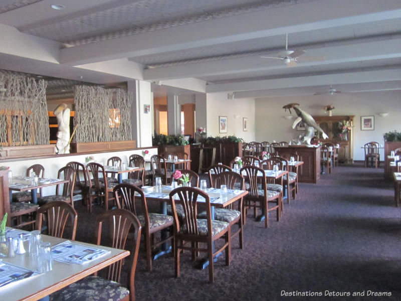 Restaurant at Bear Lodge in Fairbanks, Alaska