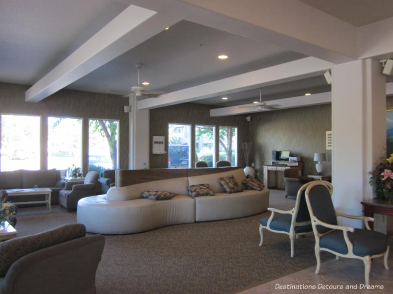 Fairbanks Accommodations at Bear Lodge at Wedgewood Resort ...
