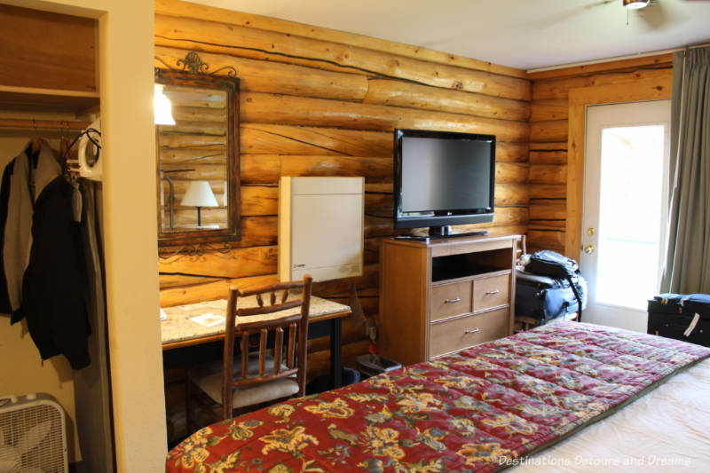 Cabin room at Pike's Waterfront Lodge in Fairbanks, Alaska