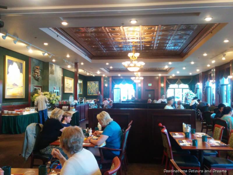 Binkley's Dining Room at Pike's Waterfront Lodge in Fairbanks, Alaska